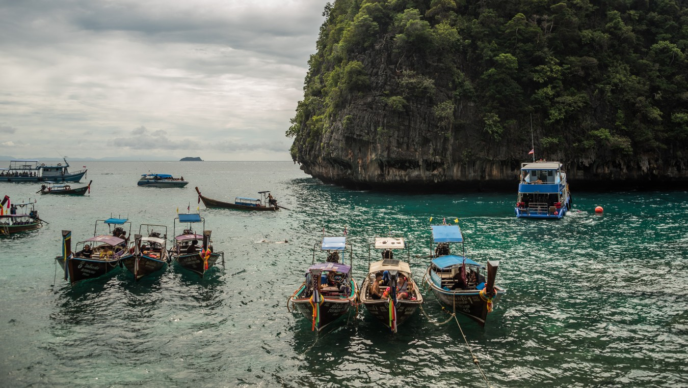 /gallery/journey_two/southern-thailand/full@2x/slavomir_hitka_southern-thailand-10.jpg?t=1511345325