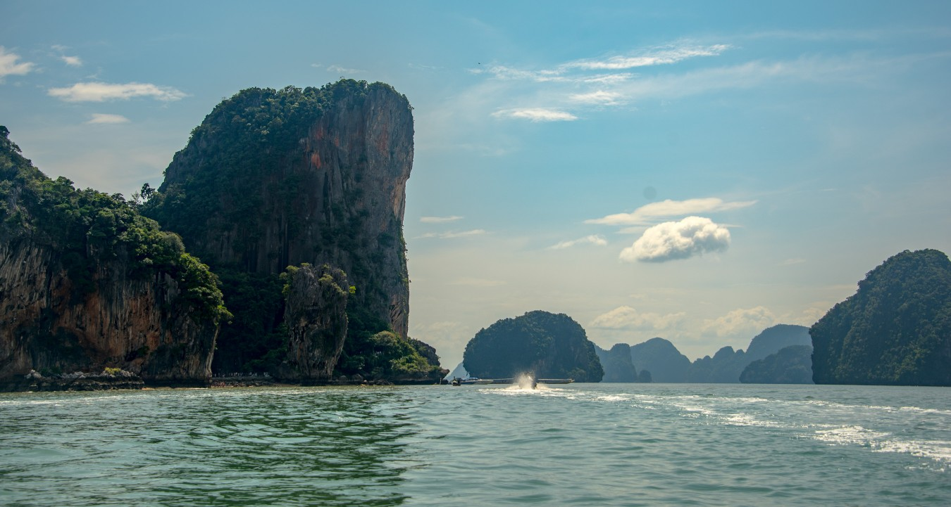 /gallery/journey_two/southern-thailand/full@2x/slavomir_hitka_southern-thailand-29.jpg?t=1511345348